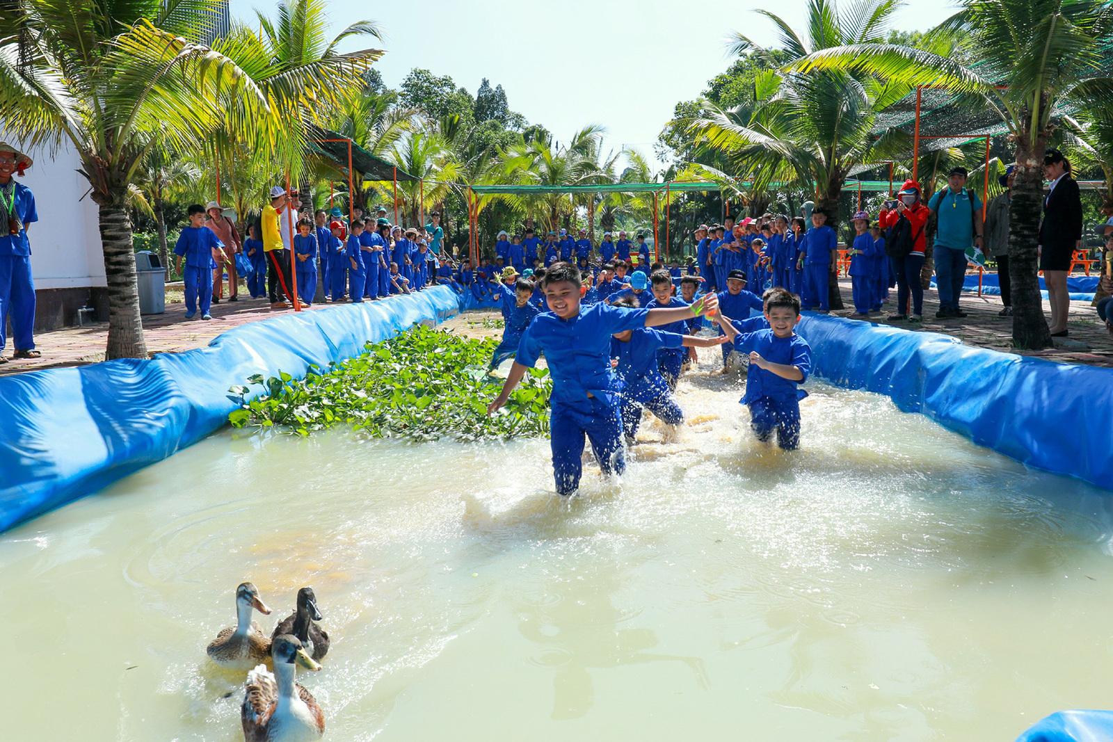VnE-BinhDuong-KDLDaiNam9-3533-1605099938