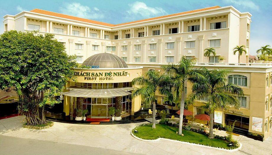Khách sạn Đệ Nhất có 2 khu khách sạn, 3 nhà hàng và hơn 10 sảnh tiệc - hội nghị tọa lạc gần sân bay quốc tế Tân Sơn Nhất. Ảnh: Saigontourist Group.